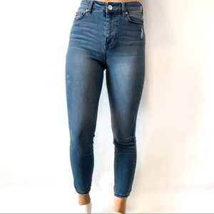 CP Jeans Light Wash High Waisted Jeggings Size 9